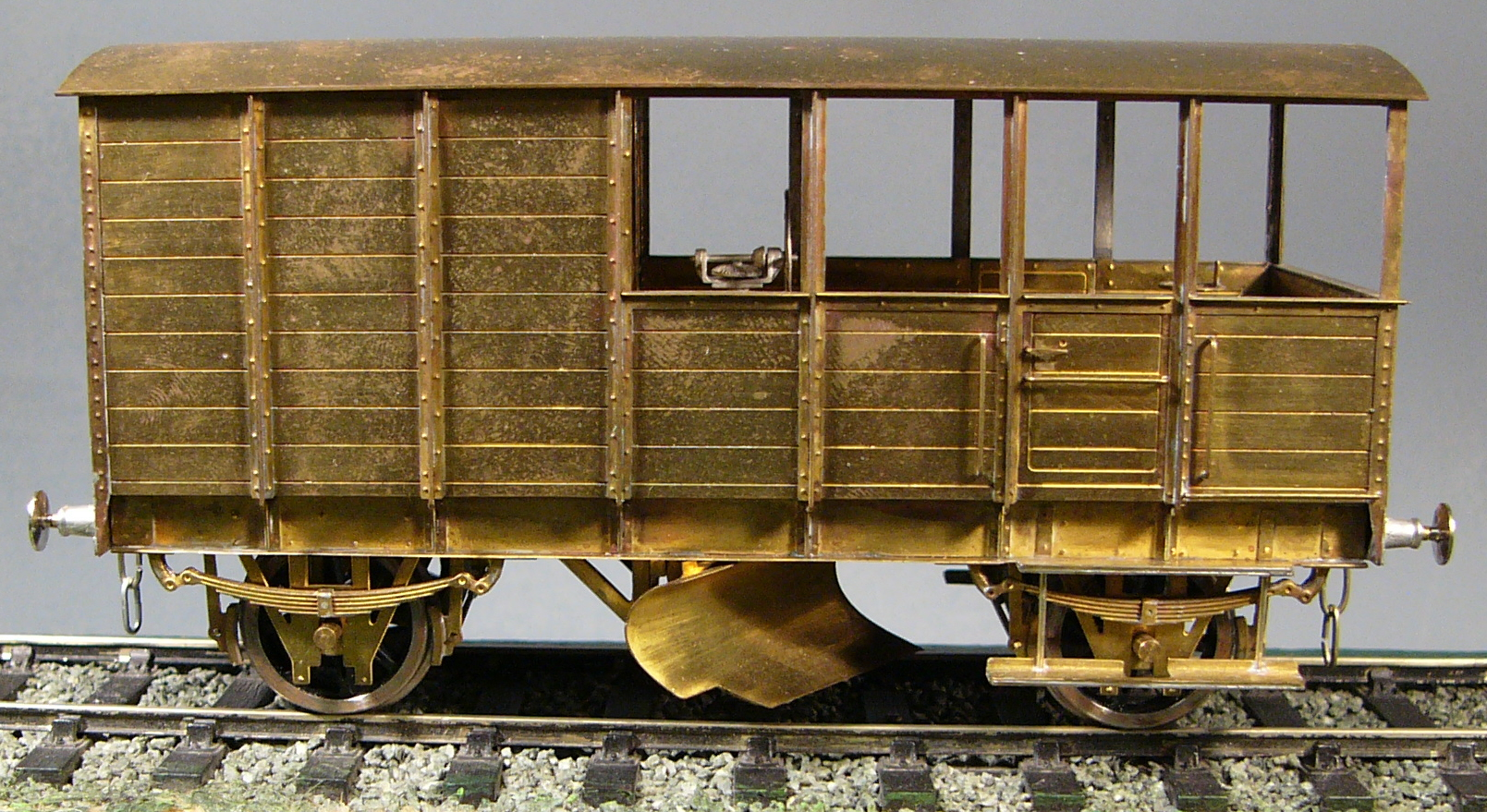 SBM4021 LSWR Ballast Plough & Brake Van