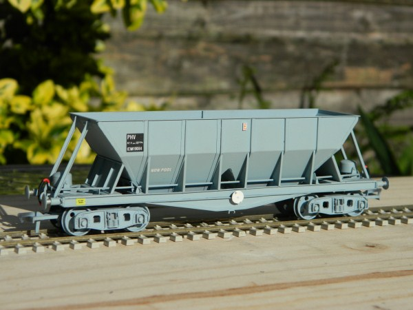 4F19 John Summers Hopper Wagon