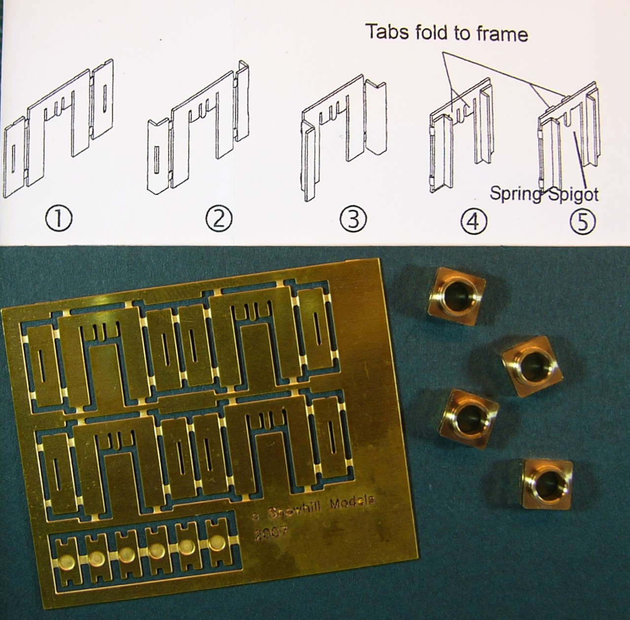 7A206 Etched Brass Sprung Hornblocks by Roxey Mouldings (4)